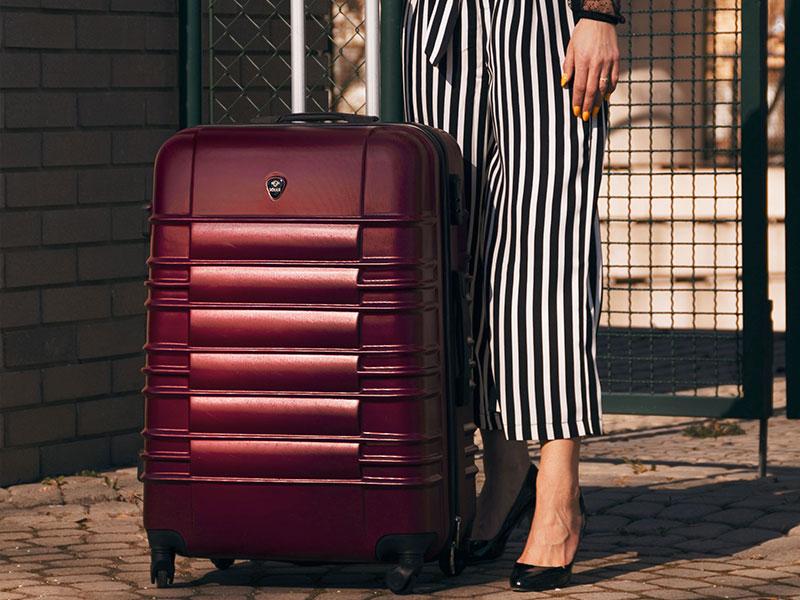 wyróżniające się walizki